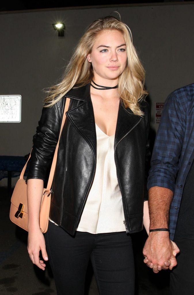 Kate Upton Jeans Wallpapers