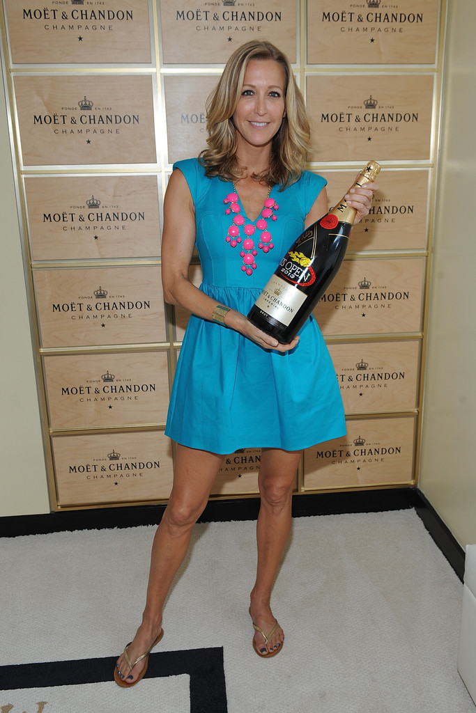 Lara Spencer Legs Images