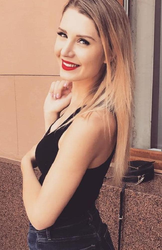 Lauren Southern Backless Pictures