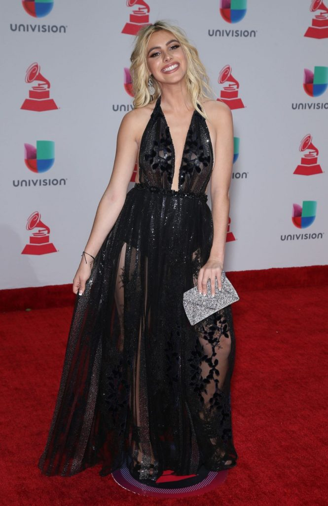 Lele Pons Gown Wallpapers