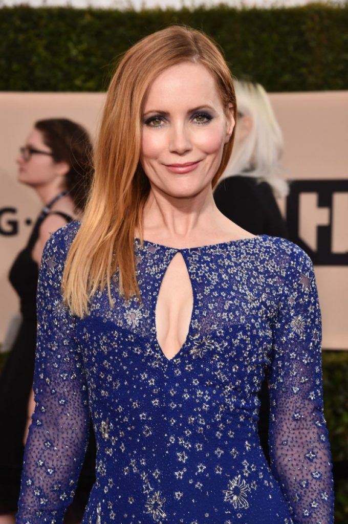 Leslie Mann Braless Pictures