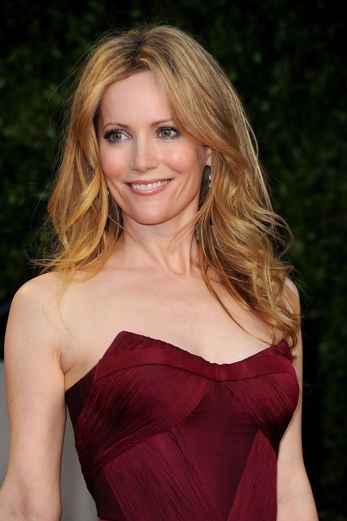 Leslie Mann Sexy Smile Images