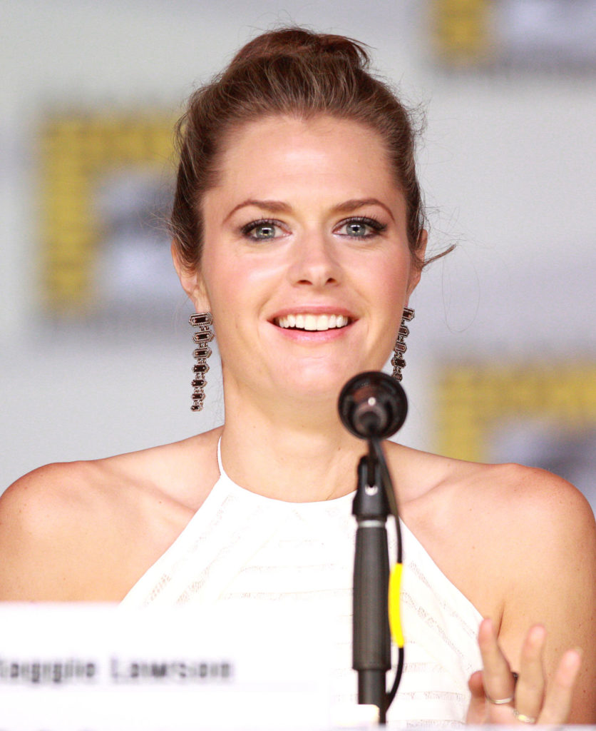 Maggie Lawson Bold Images