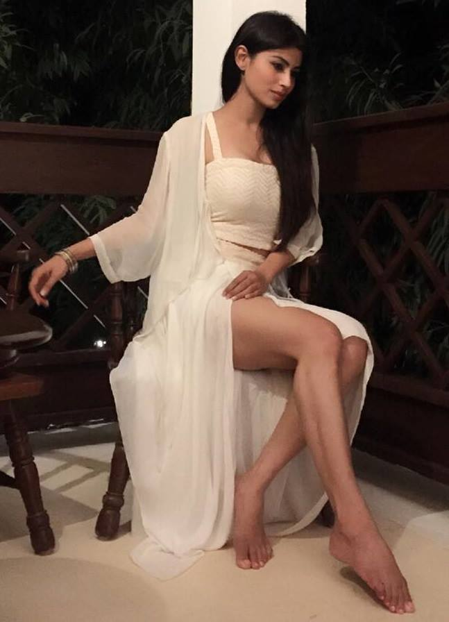 Mouni Roy Thighs Pictures