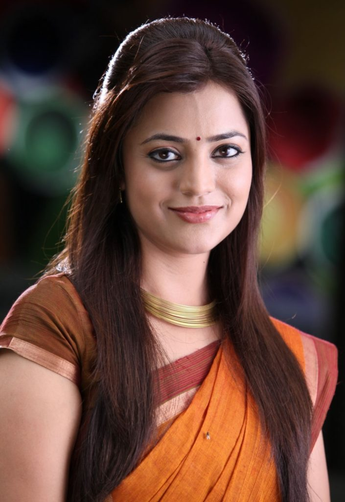 Nisha Agarwal Smiling Pictures